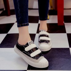 Autumn new models driving shoes, casual shoes Carrefour flat white Velcro shoes casual shoes ladies shoes student